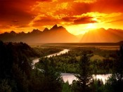Mountains_and_sunset